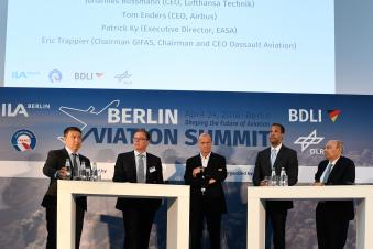 Marc Allen (President, Boeing International); Johannes Bussmann (CEO, Lufthansa Technik);  Tom Enders (CEO, AIRBUS);  Patrick Ky (Executive Director, EASA); Éric Trappier (Chairman GIFAS, Chairman & CEO Dassault Aviation) I Timm Bourry