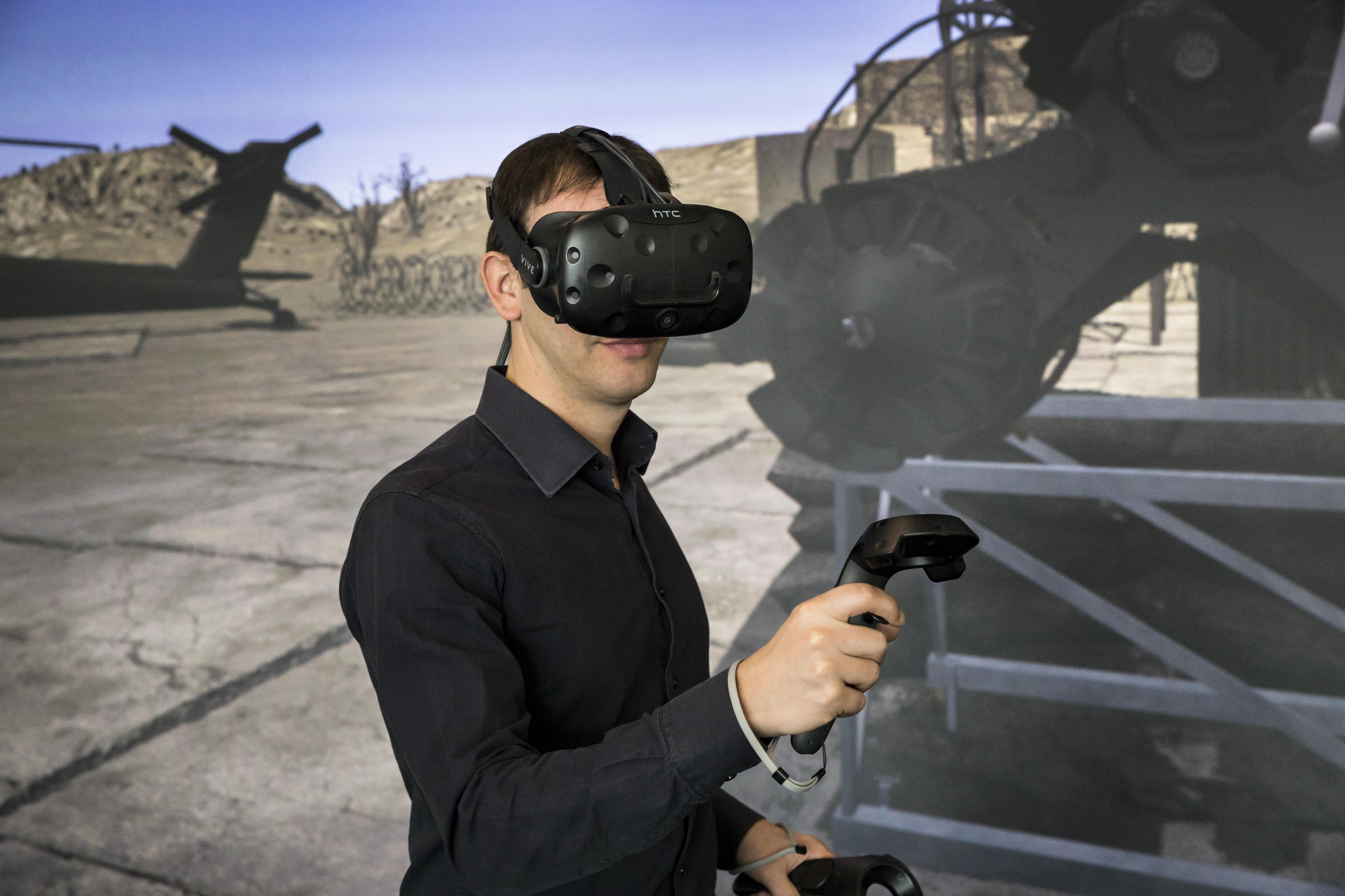 In virtual reality, dangerous situations can be trained realistically and without risk.