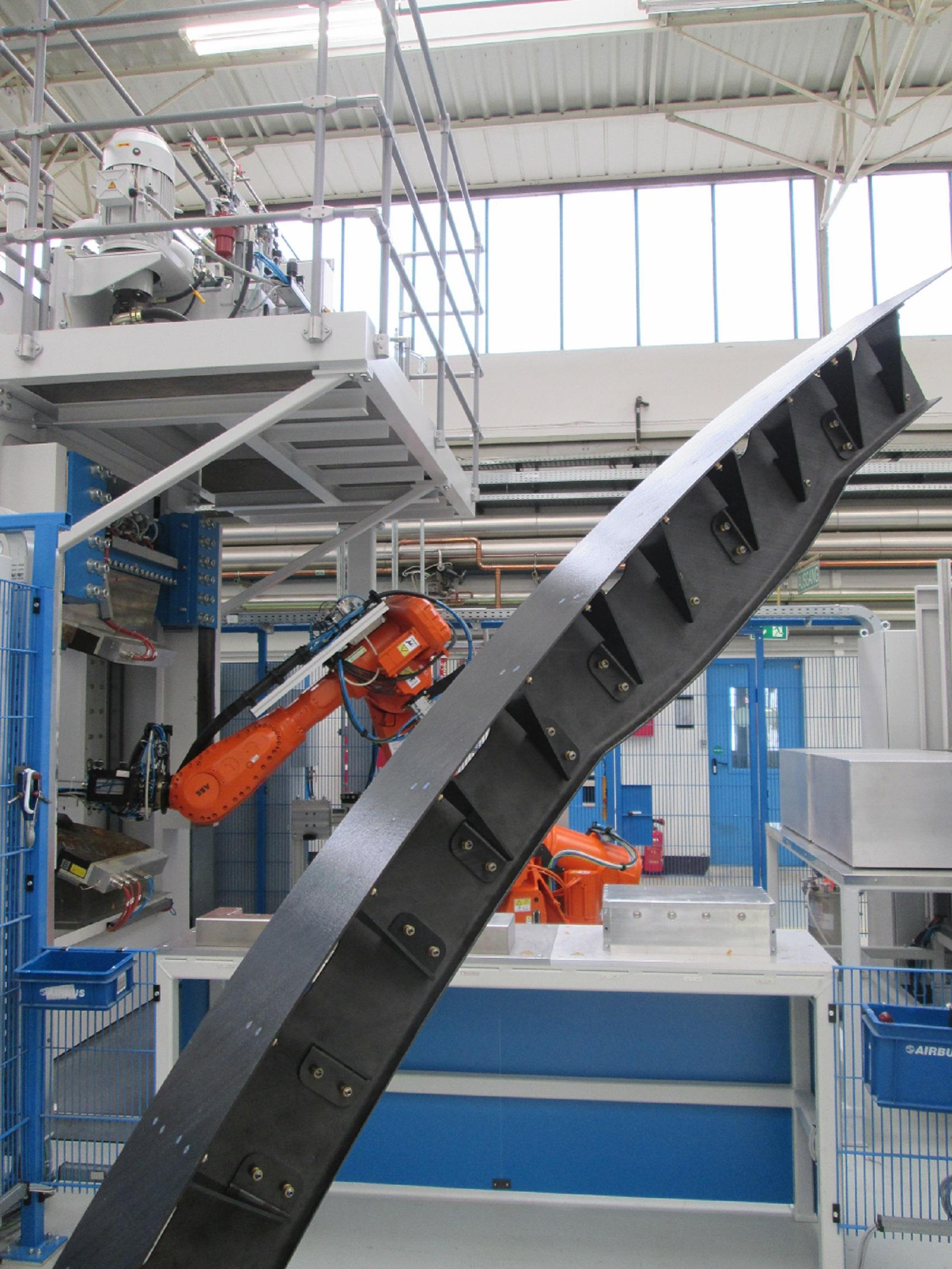 OSFIT rib demonstrator in front of production line